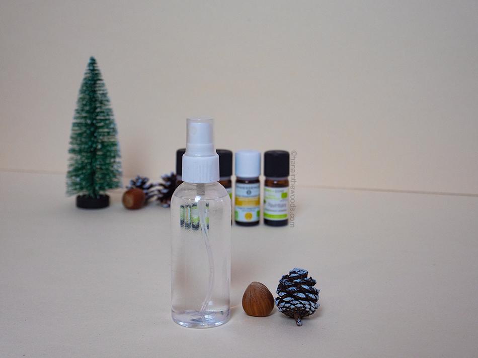 Comment réaliser un spray assainissant aux huiles essentielles ?